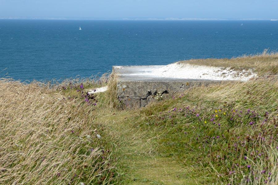 Am Horizont  die Kreidefelsen von Dover