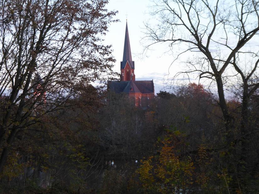 Der Kirchturm von Zündorf